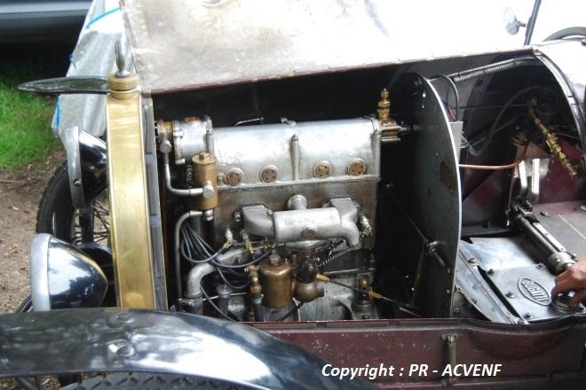 Bugatti 23 Brescia - Moteur