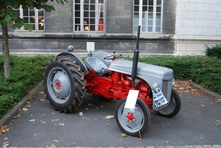 Fergusson Petit gris (de Tracteurs en Weppes)