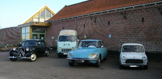 Les véhicules de l'Auto Rétro Halluin