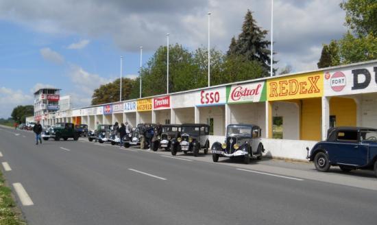 Sur le Circuit de Reims Gueux