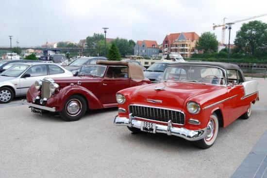 Alvis et Chevrolet