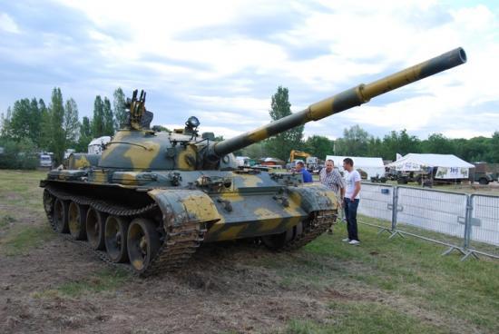 Char Russe T62 présenté par le musée de Saumur