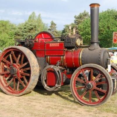 Magnifique tracteur roulant à vapeur de 1931