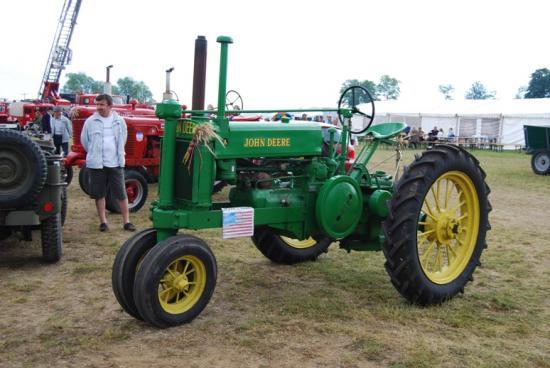Célébration des tracteurs du plan Marschall